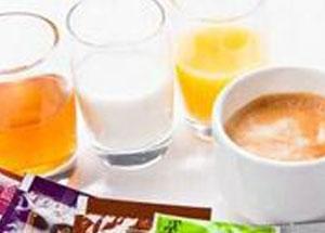 お飲み物も緑茶から紅茶まで幅 広くご用意♪