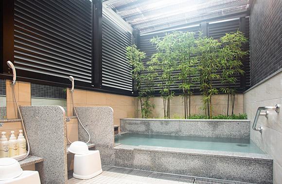 男女別の浴場&露天風呂